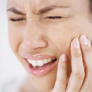 Những ưu và nhược điểm của răng sứ