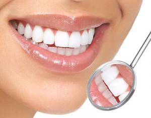 Nên làm răng sứ cercon hay răng sứ titan?