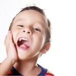 Chủ quan với bệnh lý tủy răng sữa, trẻ phải chịu nhiều thiệt thòi