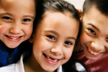 Răng sữa trẻ em là răng nào? Cách phân biệt với răng vĩnh viễn