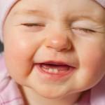 Mẹo chăm sóc răng cho bé từ 0 – 2 tuổi