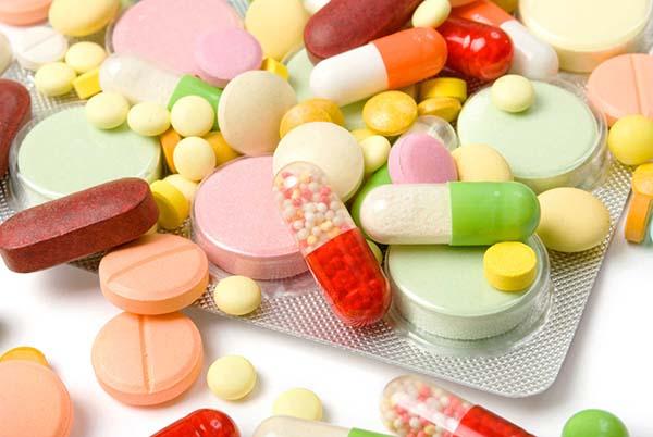 Mọc răng khôn uống thuốc gì giảm đau?