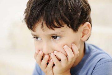Bé bị sưng nướu răng do đâu? Làm gì khi bé bị sưng nướu răng?