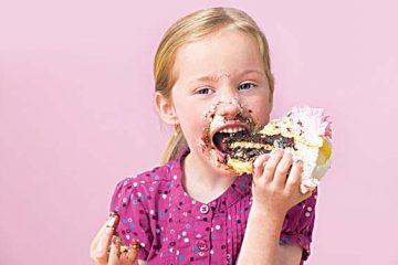 Nhức răng khi ăn đồ ngọt là dấu hiệu của bệnh gì?