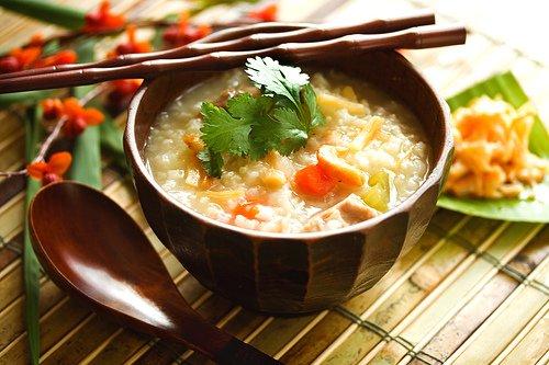 Thức ăn mềm giúp giảm đau răng khi niềng