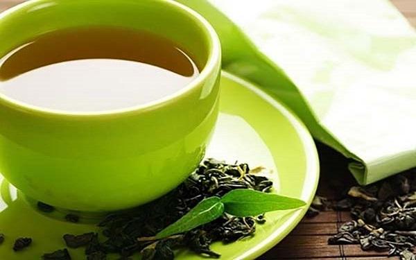 Cách làm giảm ê buốt răng bằng trà xanh