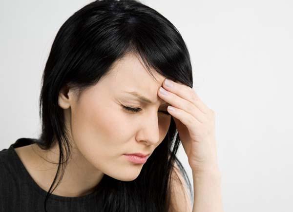 Mọc răng khôn có bị sốt không?